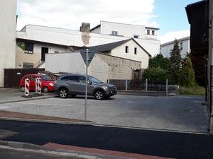 Nové parkoviště v ulici Sokolská bylo předáno do užívání