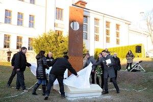 Památník obětem totality v Červeném Kostelci